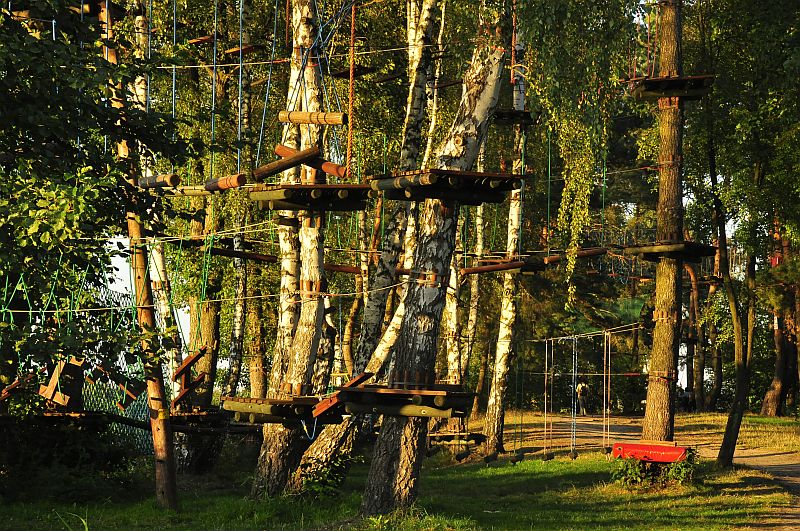 http://przewodnicyzamosc.pl/hosting/imgs/19508_park.jpg