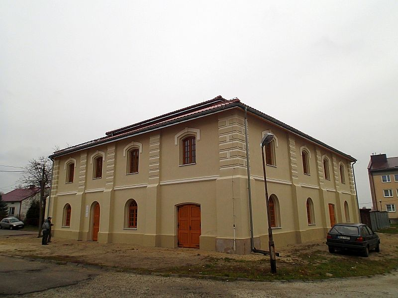 http://przewodnicyzamosc.pl/hosting/imgs/30564_synagoga.jpg