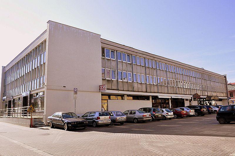 http://przewodnicyzamosc.pl/hosting/imgs/40869_hotel.jpg